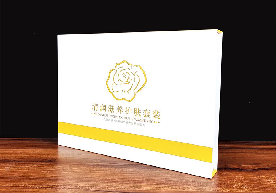 清润滋养护肤套装-化妆品包装定制